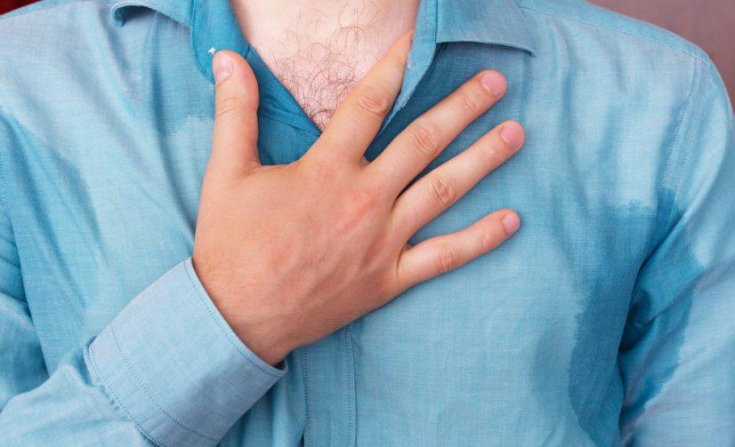 Keringat Berlebih di Tangan, Tanda Mengidap Penyakit Jantung?