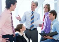 6 Cara Berkomunikasi secara Efektif di Tempat Kerja